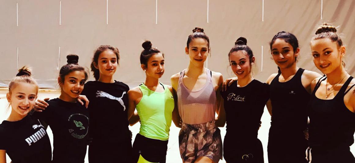 (Español) La Gimnasta Polina Berezina, del Club Gimnasia Rítmica Torrevieja, entrenando en el Palacio de Deportes
