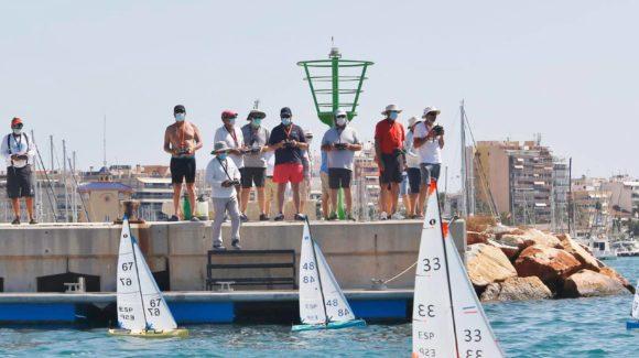 MEETING de radio control de veleros en Torrevieja