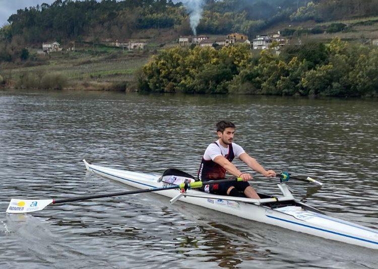 🥈Javi García del club de Remo Torrevieja, medalla de plata en el Campeonato de España