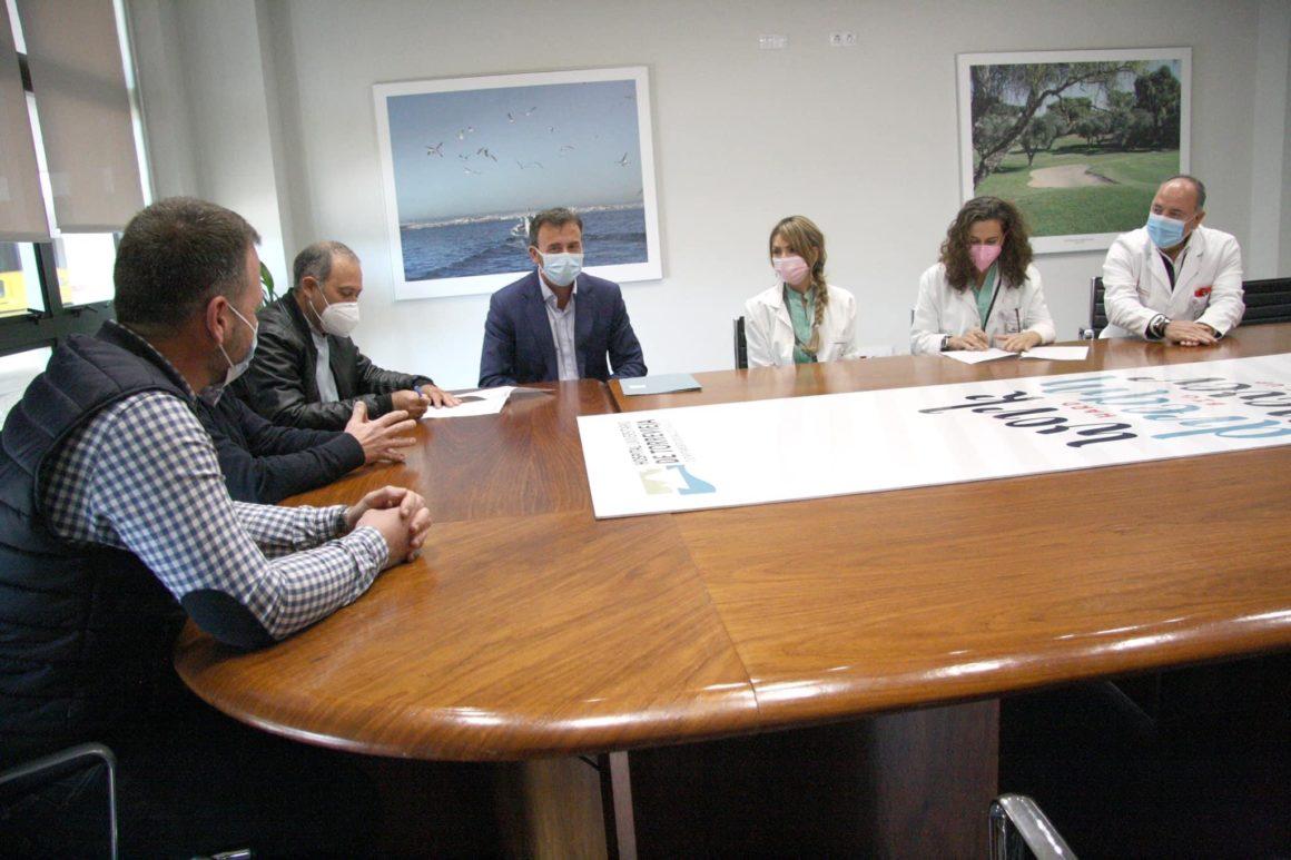 El hospital de Torrevieja comprometido con el tejido social y deportivo de la ciudad