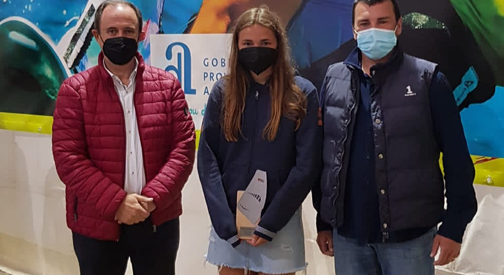 (Español) 🇪🇸 ADRIANA CASTRO SUBCAMPEONA DE ESPAÑA EN WINDSURF CLASE BIC TECHNO SUB17 FEMENINA👏🏻👏🏻👏🏻