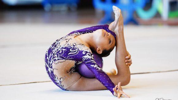 (Español) 🙌🏻Las gimnastas pertenecientes al club Jennifer Colino, consiguieron clasificar a todas sus gimnastas en la Fase Provincial de los Jocs Esportius de Gimnasia Rítmica.
