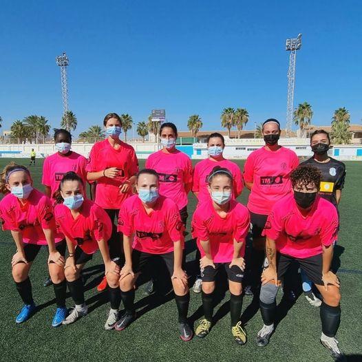 (Español) El equipo femenino del SC Torrevieja CF empata con el Atlético Pinatarense