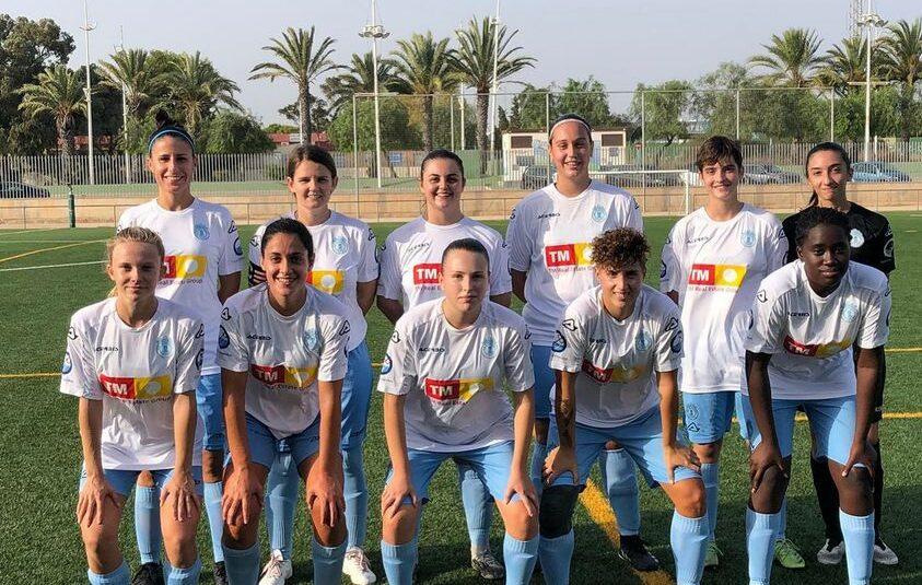 (Español) El equipo femenino del SC Torrevieja CF disputó su último partido de pretemporada contra el CF Monnegre